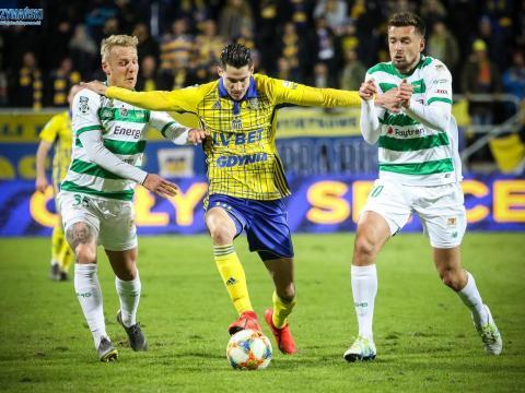 Vejinović z najwyższą oceną za derby
